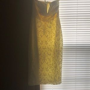 Dresses - Floral light yellow Dress, Size Med.